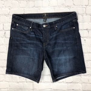 Gap Bermuda Jean Shorts 7 inch Mid Rise Dark Wash